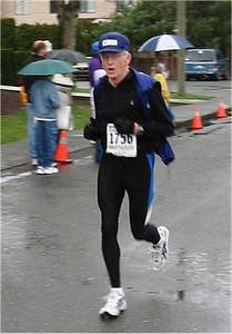 2003 Comox Valley Half Marathon - Bill McMillan shows good form