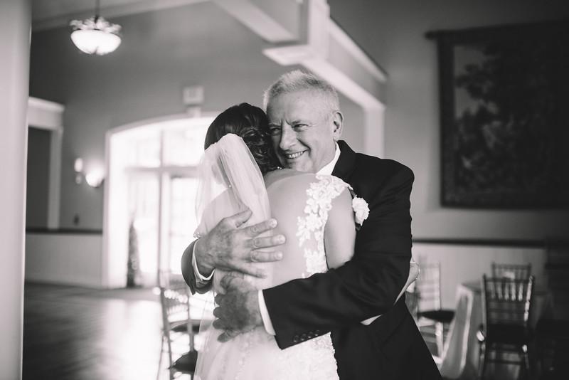 Philadelphia Wedding Photographer - Bernreuther-335.jpg