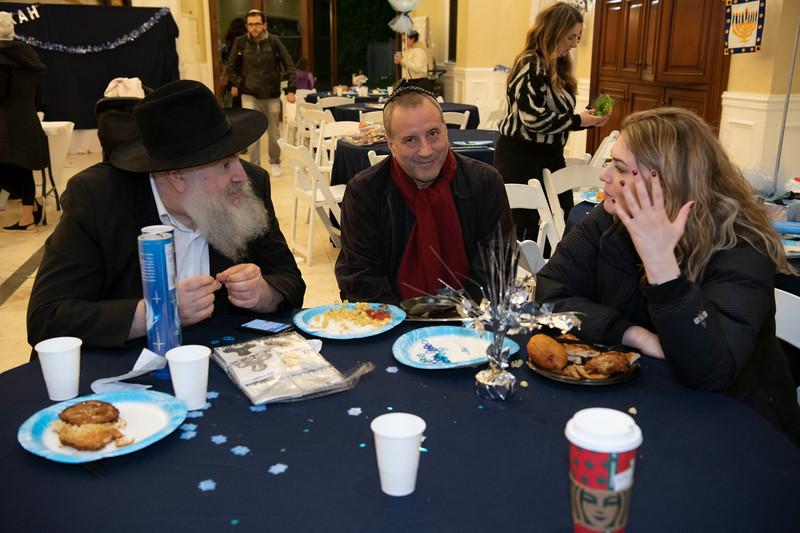 Brentwood Chabad -Chanukah1089.jpg