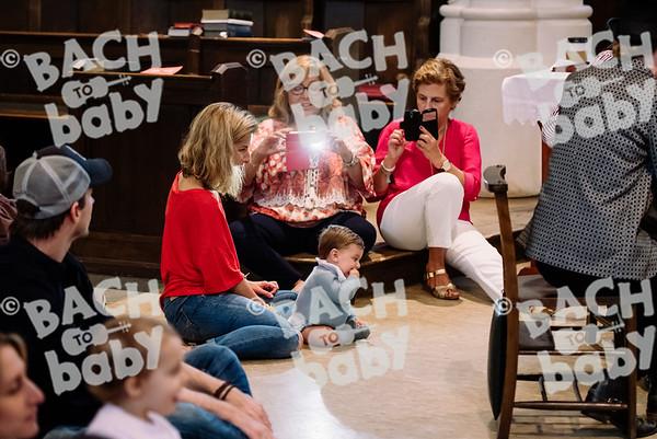 © Bach to Baby 2017_Alejandro Tamagno_RegetntsPark_2017-07-15 016.jpg