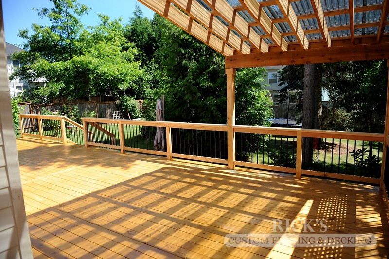 5129 - Wood-Framed Patio Cover with Acrylic Paneling