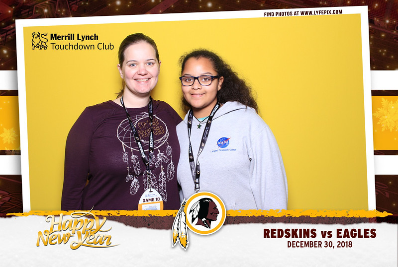 washington-redskins-philadelphia-eagles-touchdown-fedex-photo-booth-20181230-171917.jpg