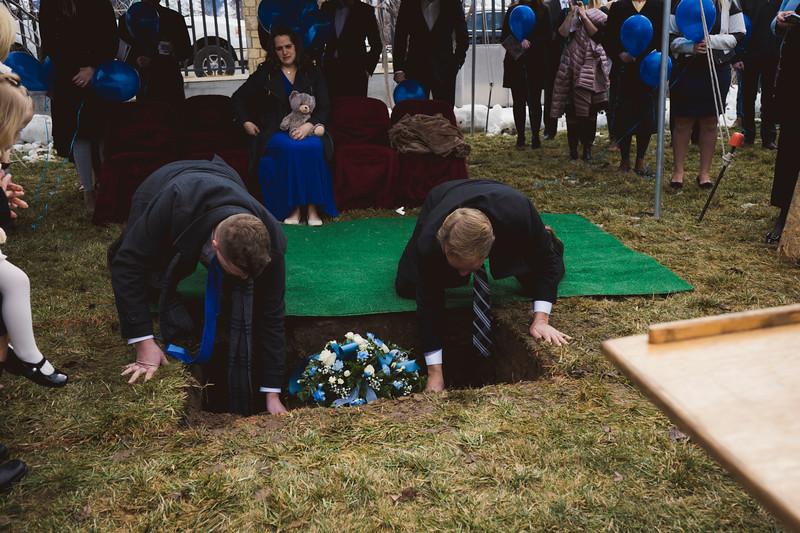 baby dew funeral-77.jpg