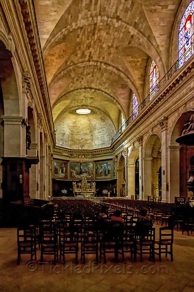 Interior - Eglise Notre Dame
