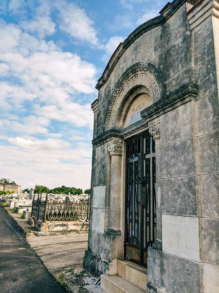havana colon cemetery-25.jpg