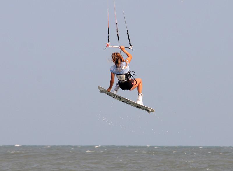 Kiteboarding_2.jpg
