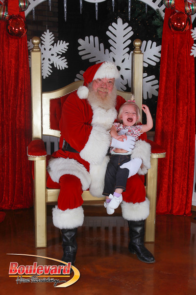 Santa 12-17-16-577.jpg