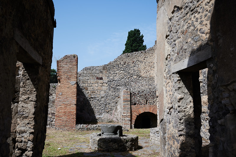 Bakers store in pompei