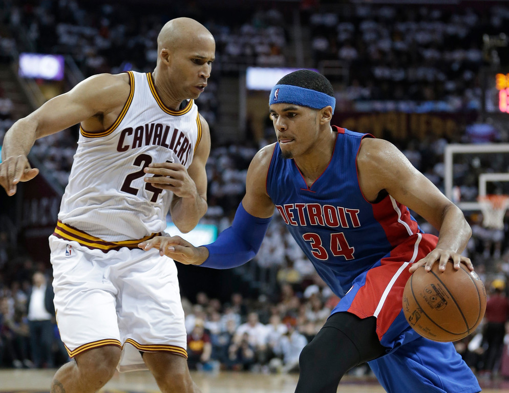 . Detroit Pistons\' Tobias Harris (34) drives against Cleveland Cavaliers\' Richard Jefferson (24) during the second half in Game 2 of a first-round NBA basketball playoff series, Wednesday, April 20, 2016, in Cleveland. The Cavaliers won 107-90. (AP Photo/Tony Dejak)