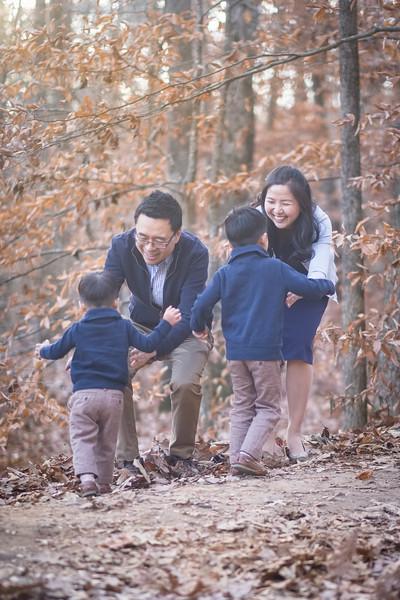 2019_12_01 Family Fall Photos-0861.jpg