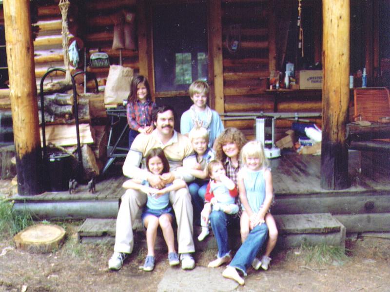 Nichole,Monica,Mike,Russ,Nate,Joe,Michelle, Crissy .jpg