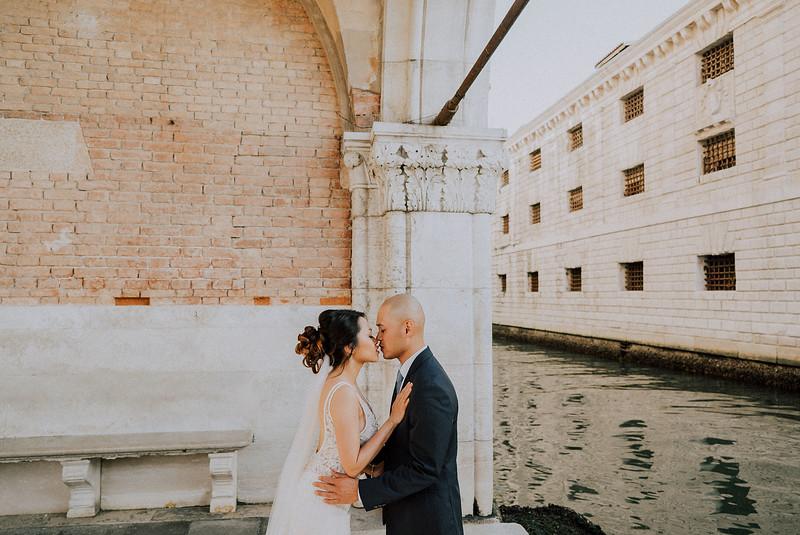 Tu-Nguyen-Destination-Wedding-Photographer-Dolomites-Venice-Elopement-241.jpg