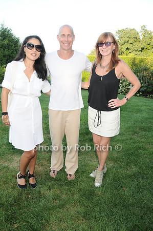 Linda Ong, Sean Cassidy , Nicole Miller photo by Rob Rich © 2010 robwayne1@aol.com 516-676-3939