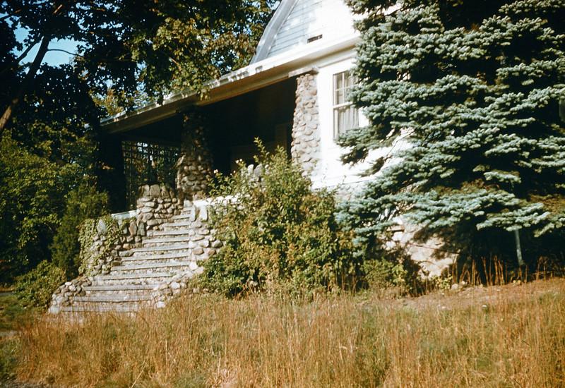 1955 House on Broadway, Woodcliff Lake, NJ.jpg