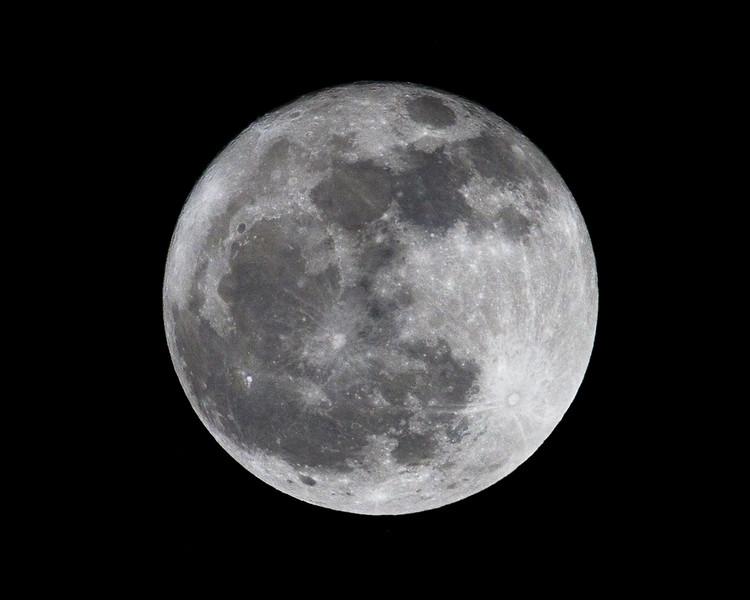 moon8017.jpg