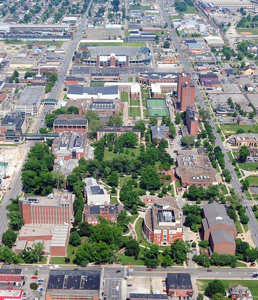 campus2141.jpg