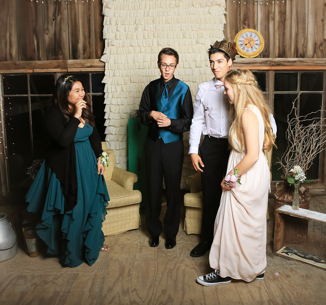 5-7-16 Prom Photo Booth-4220.jpg
