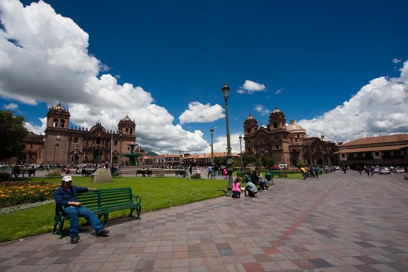 cusco-plaza-armas_5600770184_o.jpg