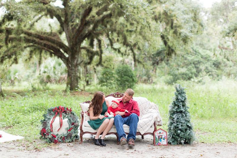 Holiday Minis- Heliin Family-2.jpg