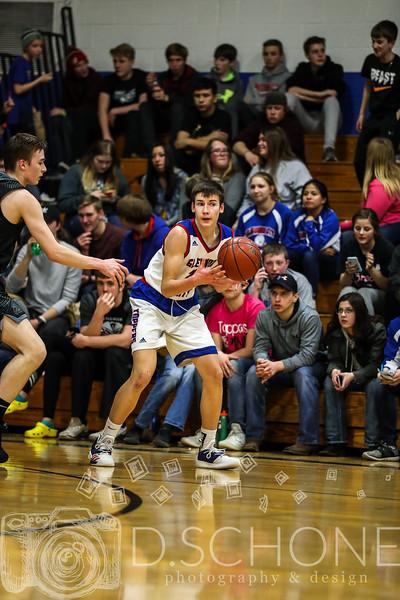 GC Boy's Basketball vs. Elmwood Plum City-120.JPG