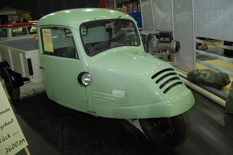 Goliath 3 wheel truck