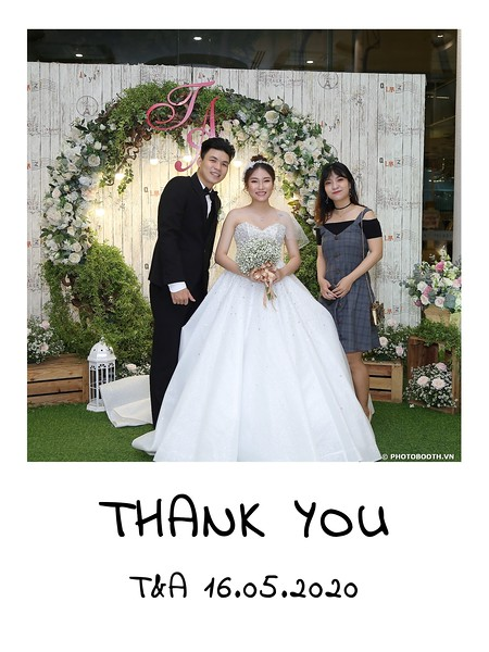 TA-wedding-instant-print-photo-booth-at-Revierside-Palace-Quan-4-Chup-hinh-in-anh-lay-lien-Tiec-Cuoi-048.jpg