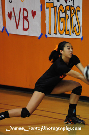 2013 Girls CIF Volleyball vs Paramount