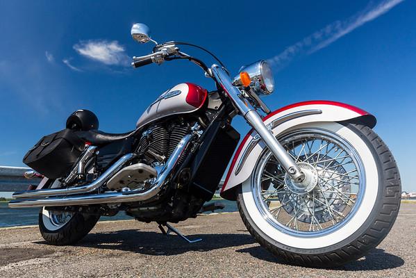 Motorcykler, scootere & knallerter