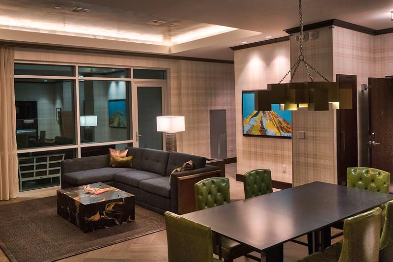 Pratt_Embassy Suites Zephyr Seattle_007.jpg