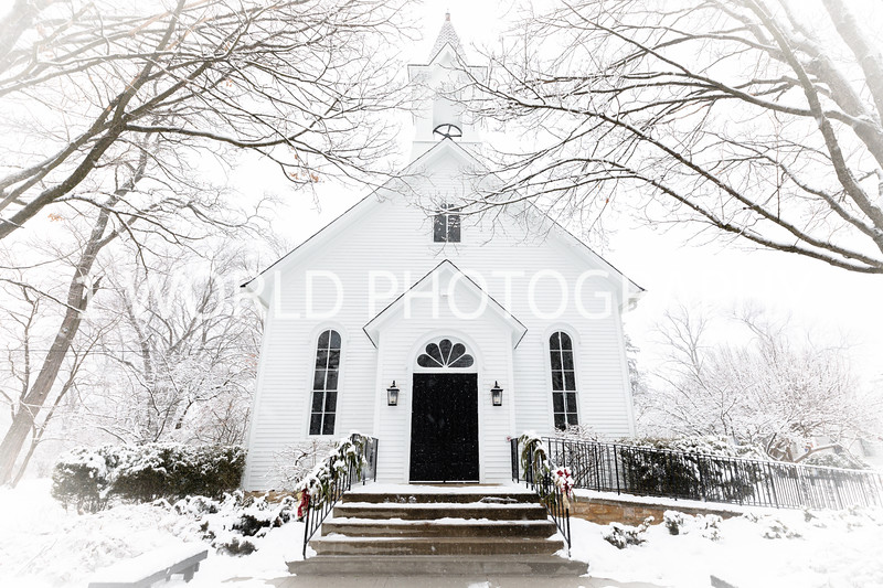 202101042021_1_4 Snow Scenes with Church, horses012--1.jpg