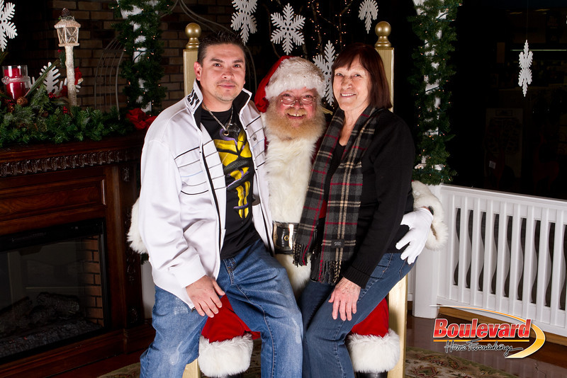 Santa Dec 15-59.jpg