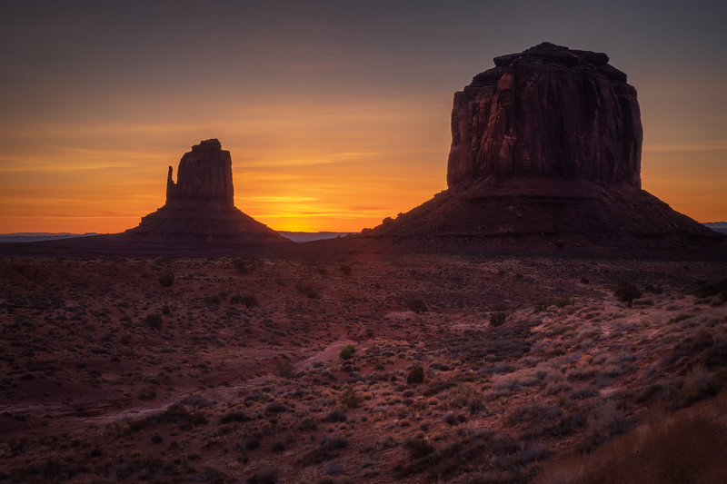 Monuments Dawn || Monument Valley