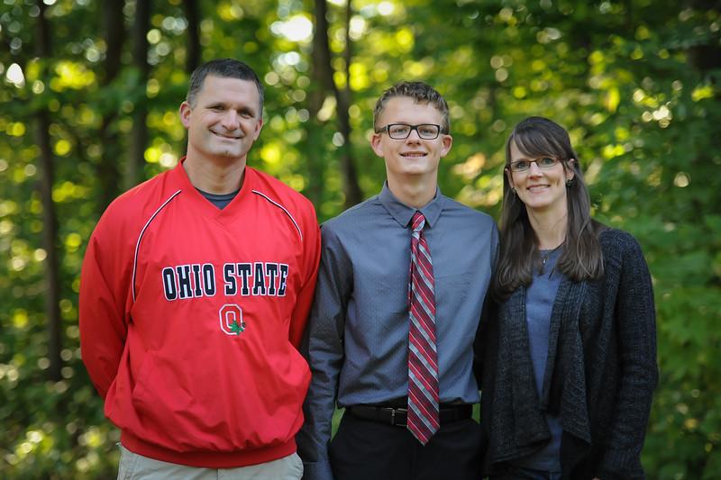 9-29-18 Bluffton HS HOCO - Steve, Eli (10th) and Jill Lemley-4.jpg