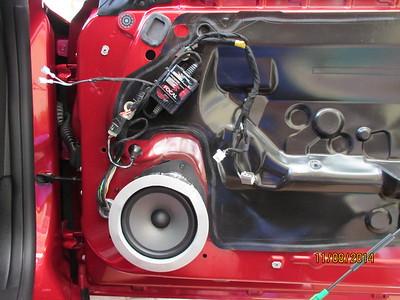 2014 Camaro SS Front Door Speaker Installation - USA