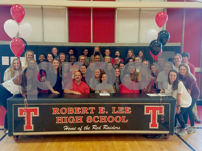 Lee volleyball signing