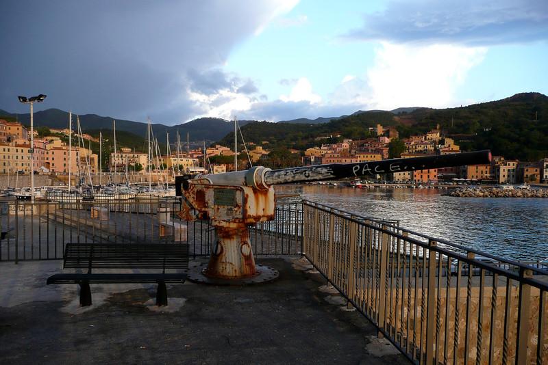 Resistance is Futile. Rio Marina, Isola d'Elba
