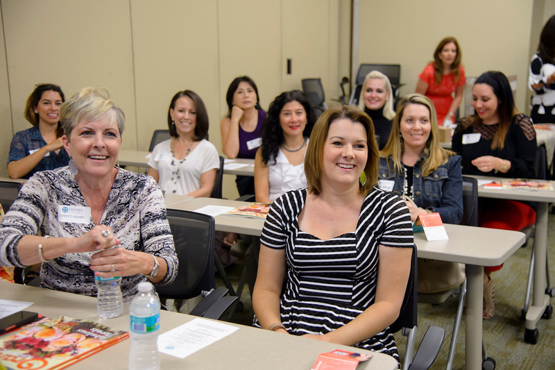 20160510 - NAWBO MAY LUNCH AND LEARN - LULY B. by 106FOTO - 007.jpg