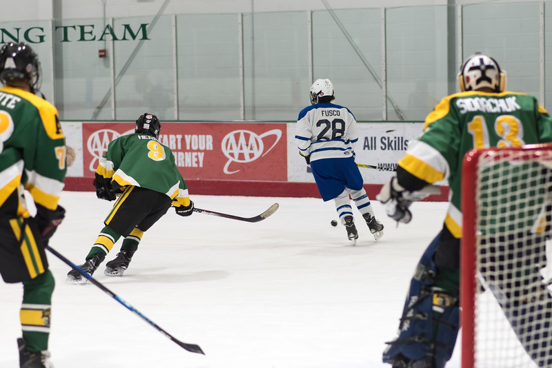 Howard Ice Hockey-800.jpg