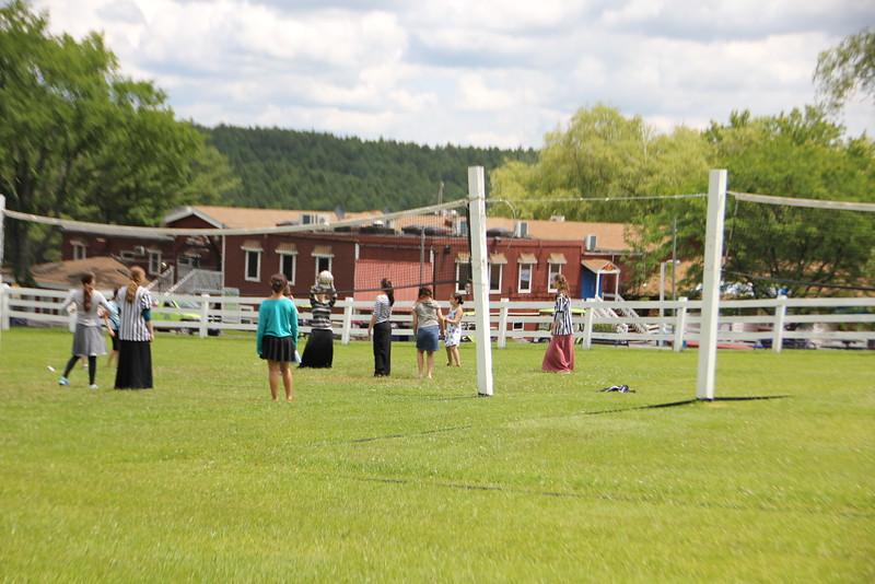 kars4kids_thezone_camp_GirlDivsion_activities_sports_Volleyball (22).JPG