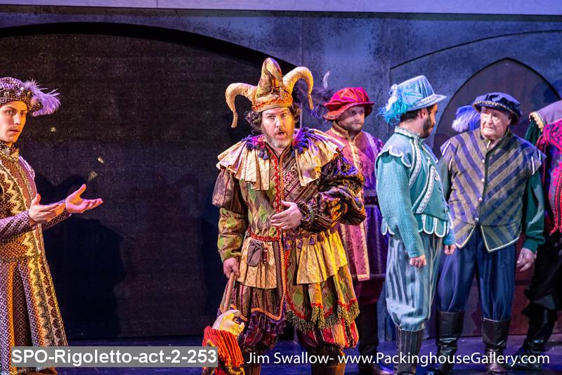 SPO-Rigoletto-act-2-253.jpg