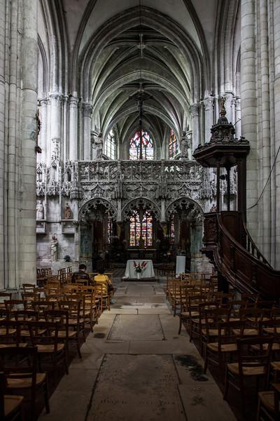 Troyes - Sainte-Madeleine Church - Center Aisle & Choir Screen