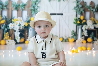 Matteo 9 months