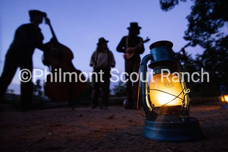 HMCamperActivity_2019_Camper Activity_JackRodgers_Evening Show_Crater Lake_504.jpg