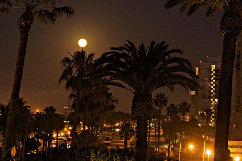 moon-over-coronado.jpg
