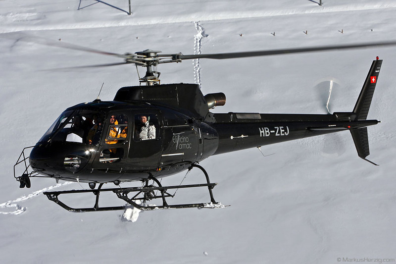 HB-ZEJ AS350B3 Eliticino-Tarmac @ Kleine Scheidegg Switzerland 13Jan08