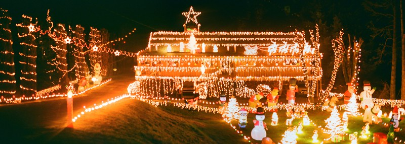 Christmas Lights in Agfa Vista - 2020/12/23