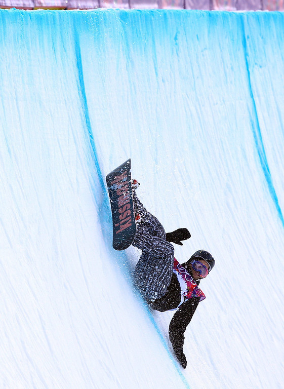 . Markus Malin of Finland wipes out during the Mens Snowboard Halfpipe Qualification at Rosa Khutor Extreme Park at the Sochi 2014 Olympic Games, Krasnaya Polyana, Russia, 11 February 2014.  EPA/JENS BUETTNER