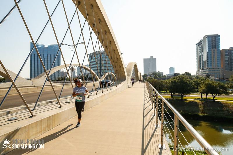 Fort Worth-Social Running_917-0517.jpg