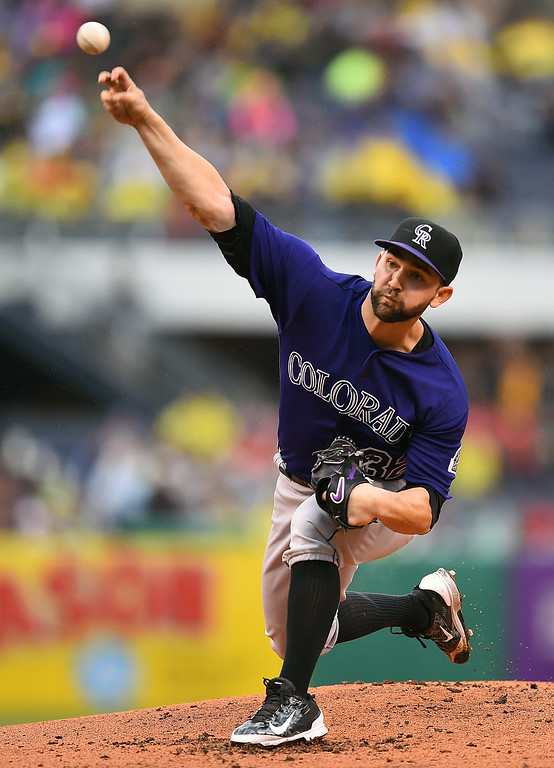 . PITTSBURGH, PA - MAY 21:  Tyler Chatwood #32 of the Colorado Rockies pitches during the first inning against the Pittsburgh Pirates on May 21, 2016 at PNC Park in Pittsburgh, Pennsylvania.  (Photo by Joe Sargent/Getty Images)