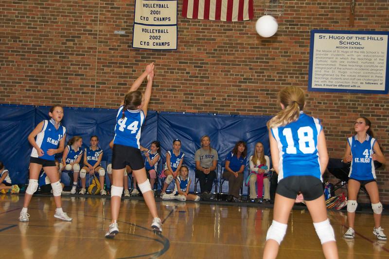 Hugo 5th Grade Volleyball  2010-10-02  8.jpg